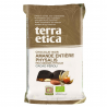Dark Crunchy Chocolate Almonds & Physalis
