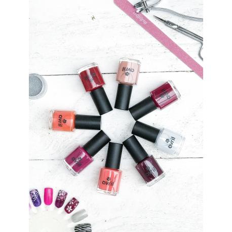 April - bordeau nagellak